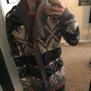 American Eagle patterned cardigan
